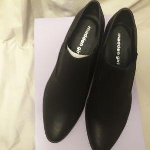 women's black new boots